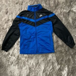 Nike Zip Up Sweatshirt